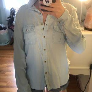 American Eagle Jean shirt- Light wash